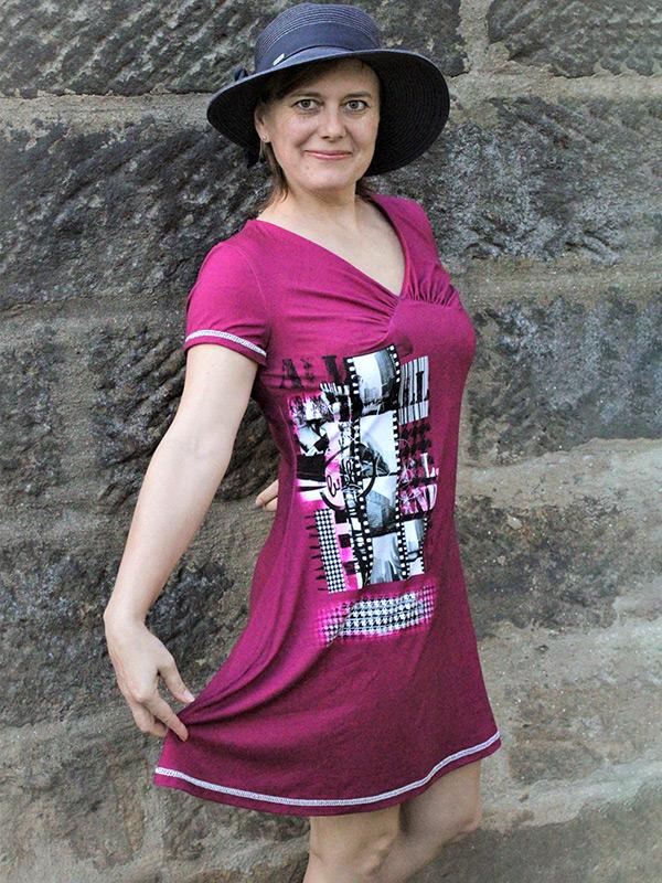 Yelda 38 P Ausgestelltes Kleid
