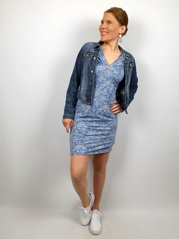 Yelda 40 Blau Mit Jeansjacke