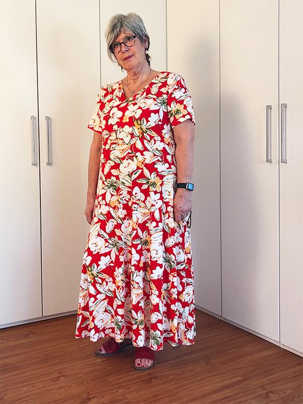 Yelda 46P Kleid Ausgestellt