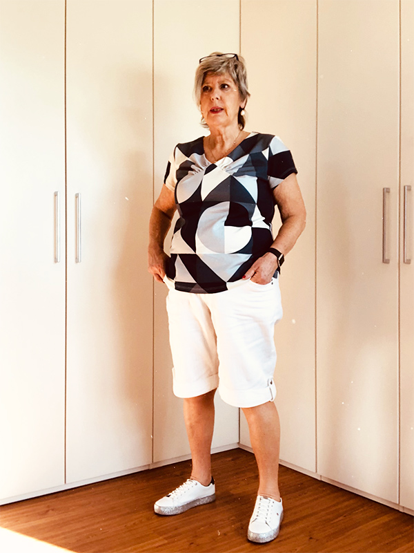 Yelda 46P Schwarz Weiß