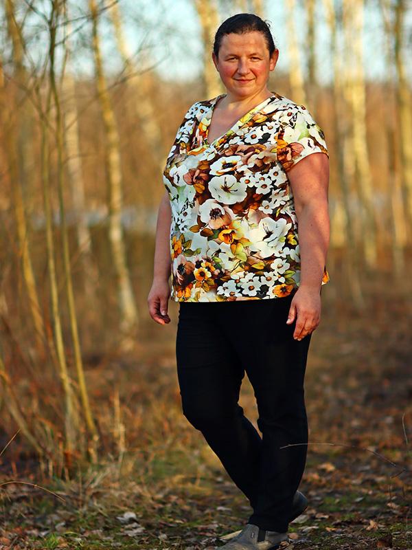 Yelda 50 52 Shirt Blumig