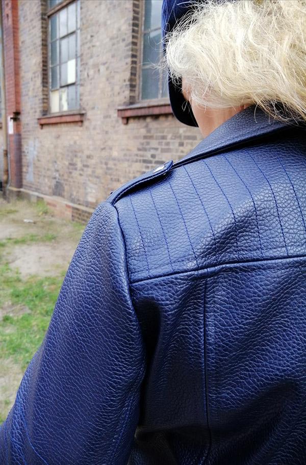 Lola 42 40 Kunstleder Blau3