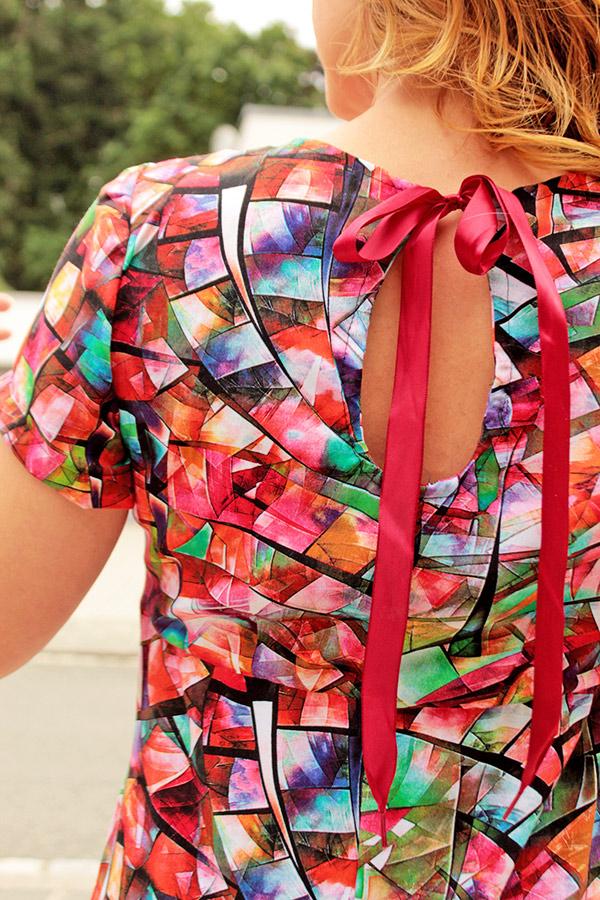 Lyana 36 Rot Basic Detail