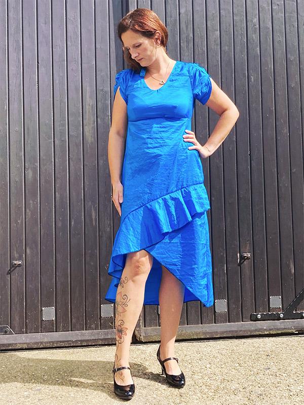 Lyana 40 Blau Satin