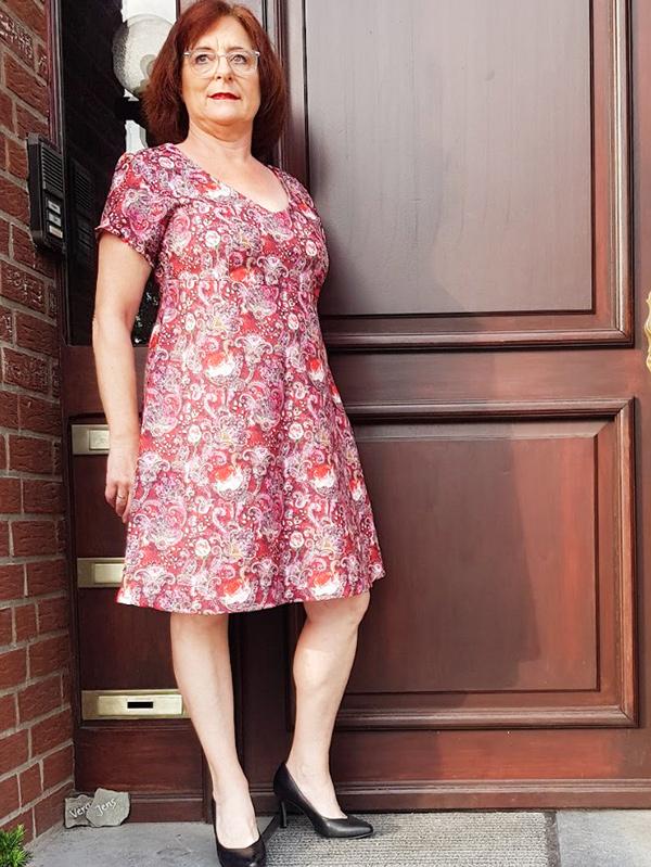 Lyana 42 Petite Mit FBA Gerades Kleid
