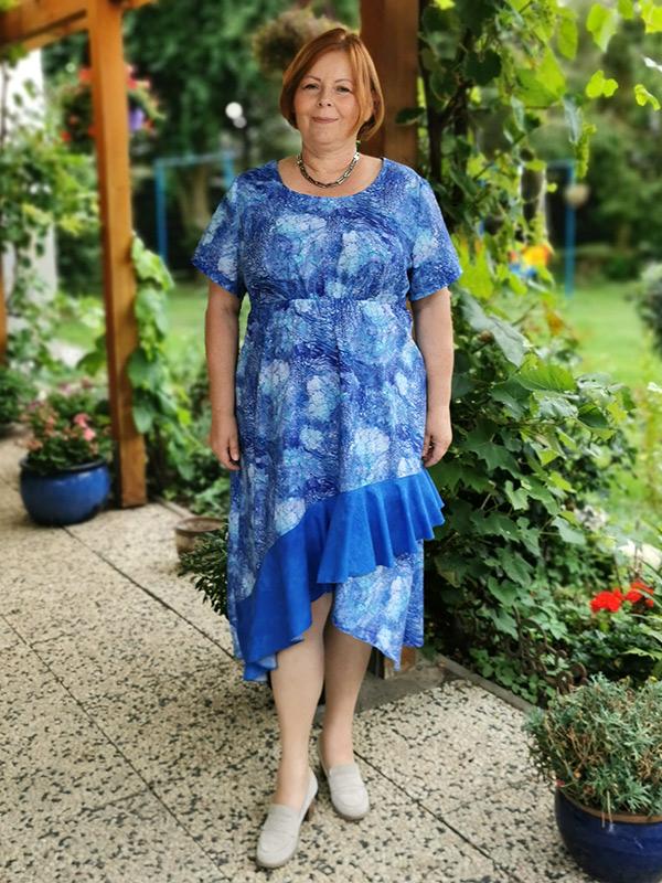 Lyana 50 Blau Mit Volant